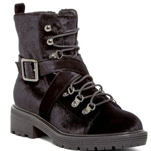 Black Velvet**STEVE MADDEN**Combat Boots*